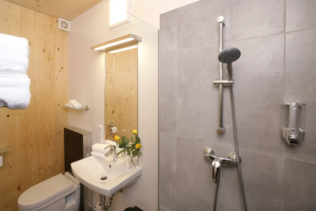 Aparthotel-Zell am See-Badezimmer