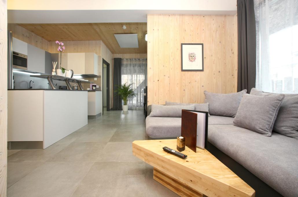 Aparthotel-Zell am See-Wohnbereich mit Küche